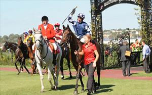 No place like home as super filly repels raiders