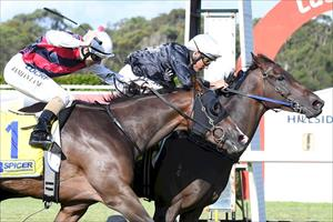 Ollie masterclass sees Vellaspride home